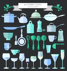 Kitchenware and restaurant glassware icons set vector