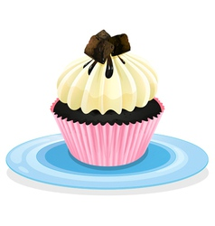 Cake in a plate vector