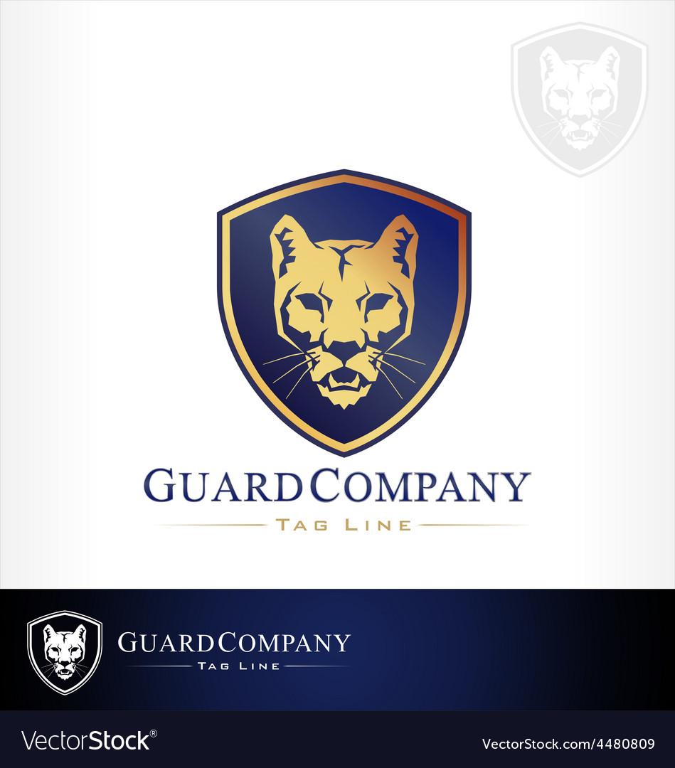 Mountain lion puma cougar vector | Price: 1 Credit (USD $1)