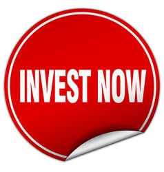 Invest now round red sticker isolated on white vector