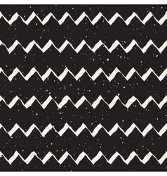 Seamless hand drawn zigzag lines grungy vector
