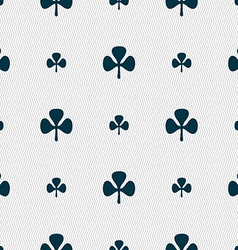 Clover sign seamless pattern with geometric vector