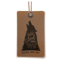 Price tag with howling wolf vector