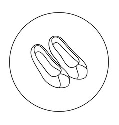 Korean traditional shoes icon in outline style vector