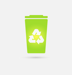 Green recycle bin icon vector