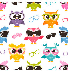 Seamless pattern with colorful funny owls with vector