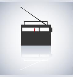the radio icon vector image