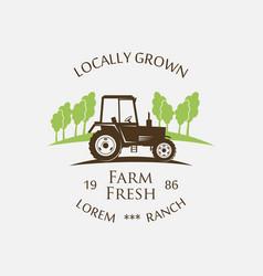 Logo tractor - vector