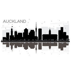 auckland new zealand city skyline black and white vector image