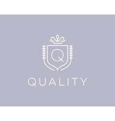 Elegant monogram letter q logotype premium crest vector