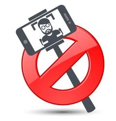 Selfie not allowed - prohibitory sign vector image vector image