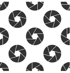 Camera shutter icon seamless pattern on white vector