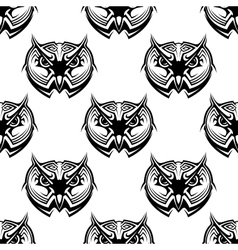 Seamless pattern of wise old owls vector image