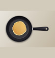 realistic pancake in the frying pan icon closeup vector image